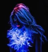 APC Robyn Black Light Pic_Anni Gabud